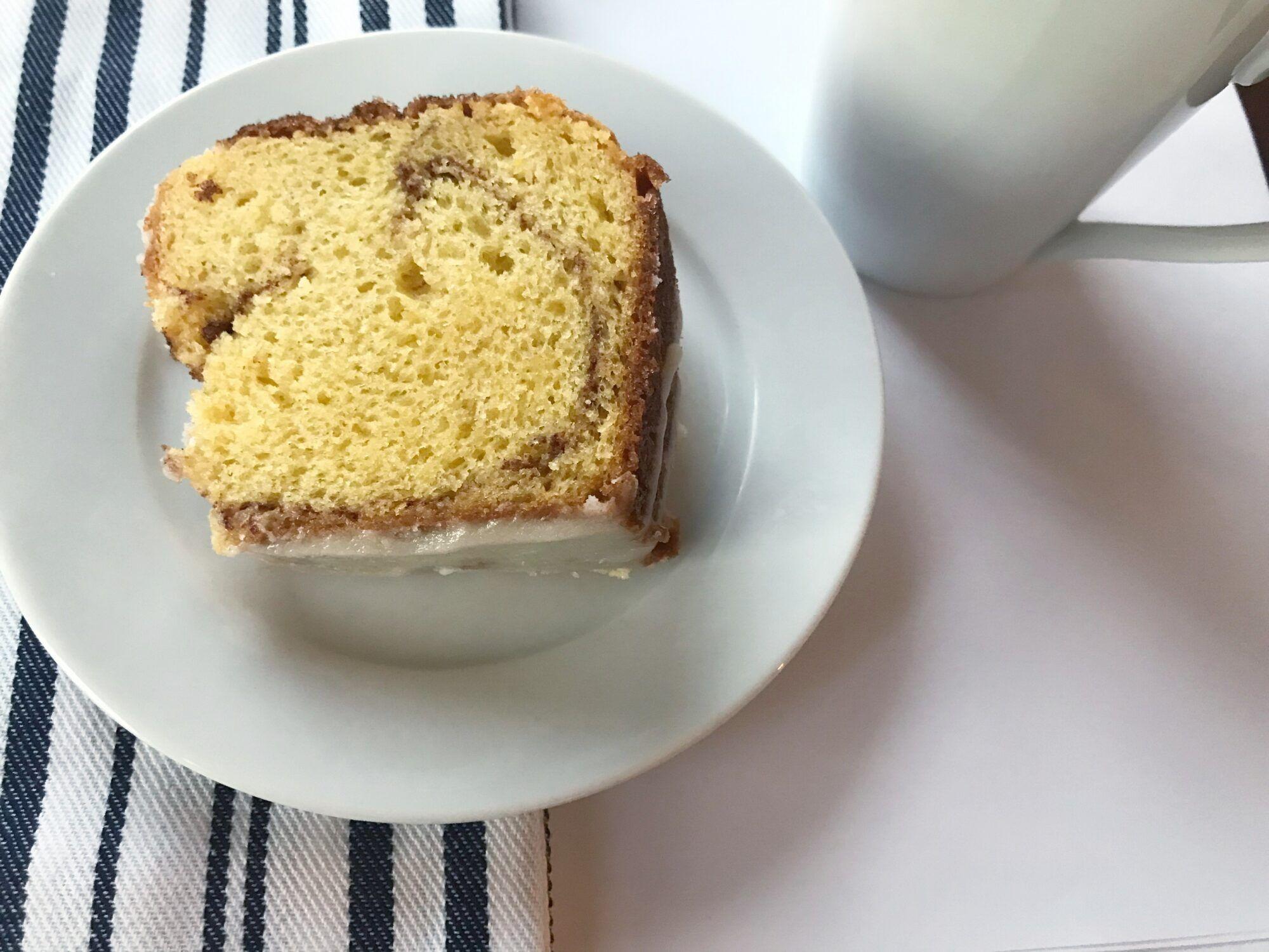 Sour Cream Coffee Cake Stickers And Stilettos Recipe Cinnamon Cake Recipes Coffee Cake Sour Cream Coffee Cake