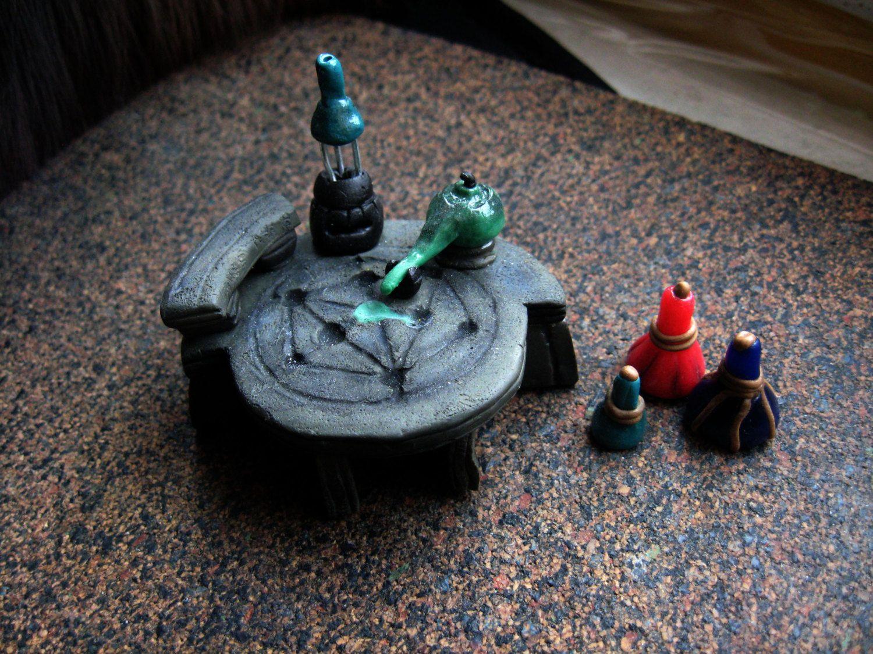 Skyrim Alchemist table miniature, Skyrim alchemy lab, Skyrim