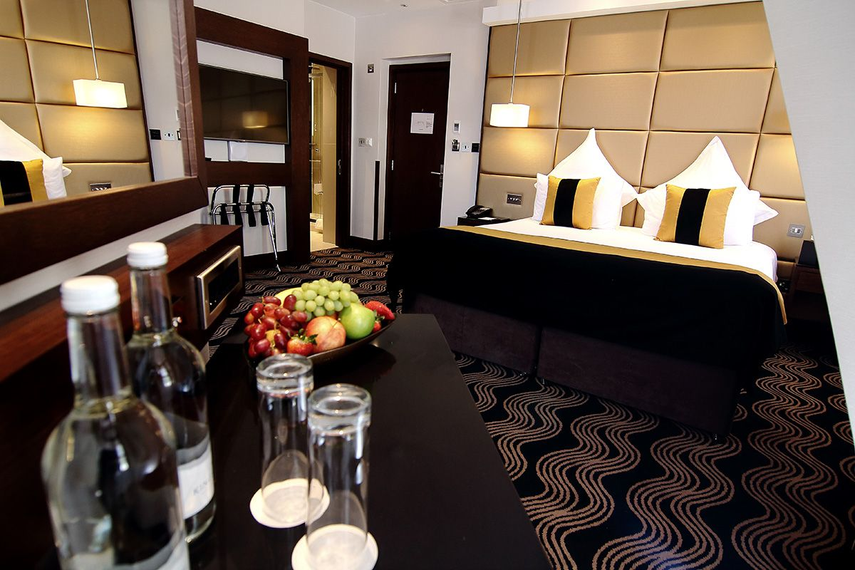 Check The Photo Gallery Of Piccadilly London West End Hotel And Book In