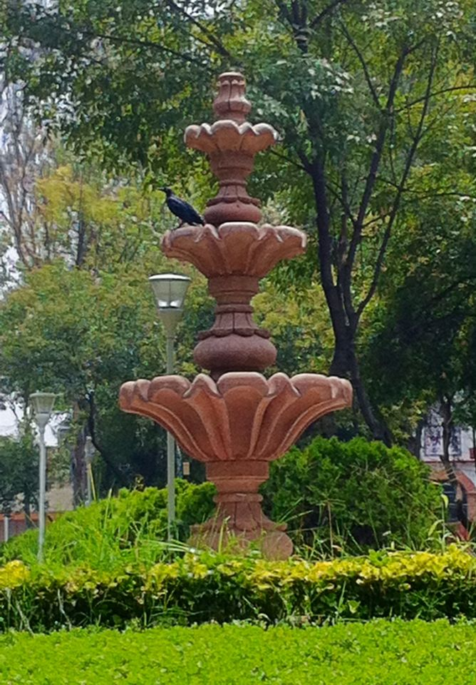 3 Tier Stained Concrete Water Fountain Classic Garden 400 x 300