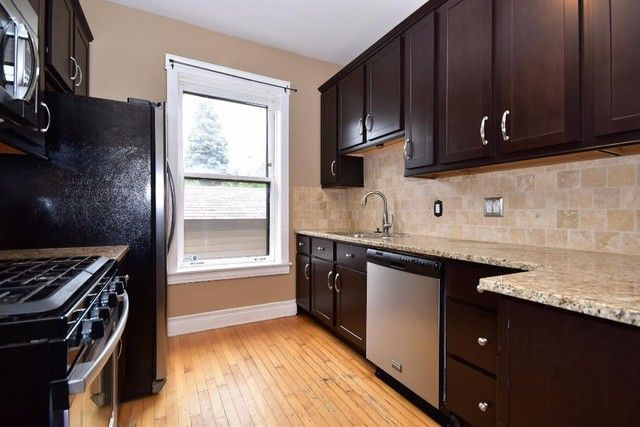 Check Out This 2 Bedroom Apartment On PadMapper