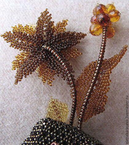 """Купить Брошь """"Рождественская Звезда"""" из бисера с янтарем - эксклюзивная брошь, янтарная брошь"""