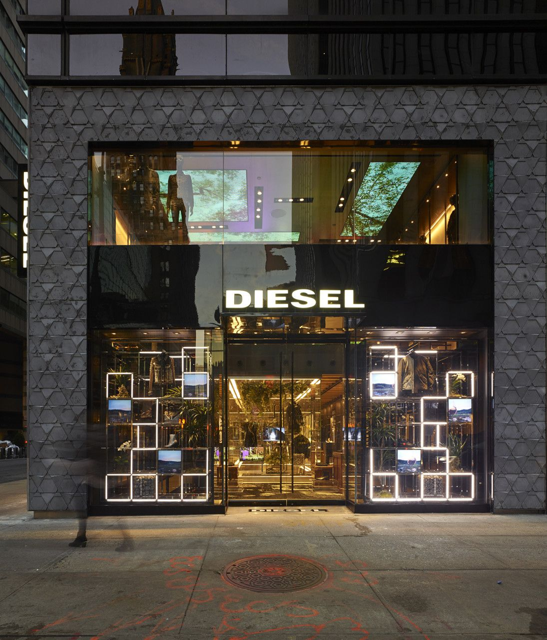 Diesel Flagship Ny Madison Avenue Wonderwall Storefront Design Entrance Design Store Entrance