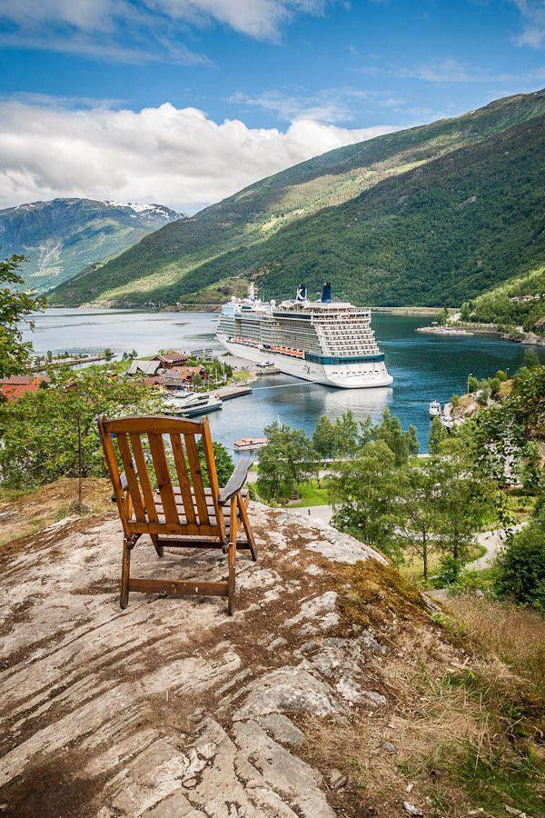 #Aurlandsfjord #Norway #Noruega
