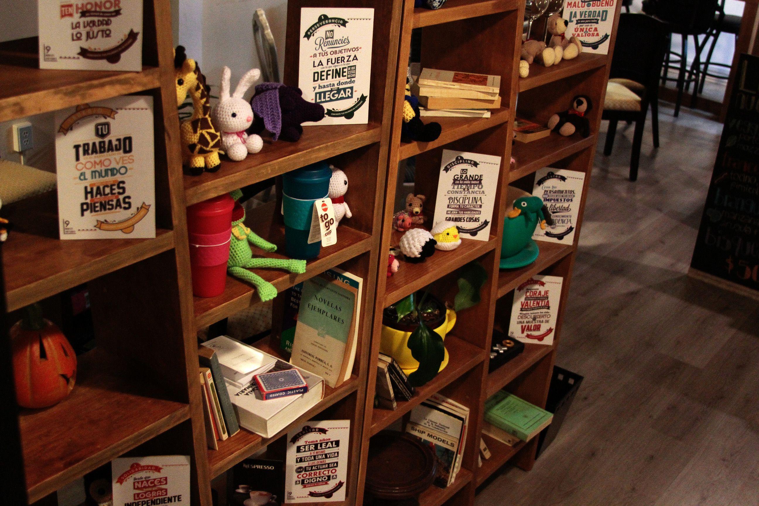"""Productos Bamboo Words en venta en """"Café Sabor a ti""""."""