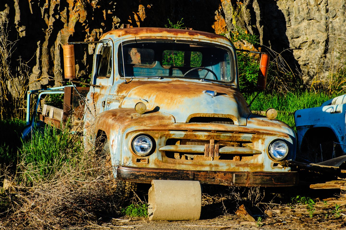 Photo Old Rusty International Flatbed Truck Photography