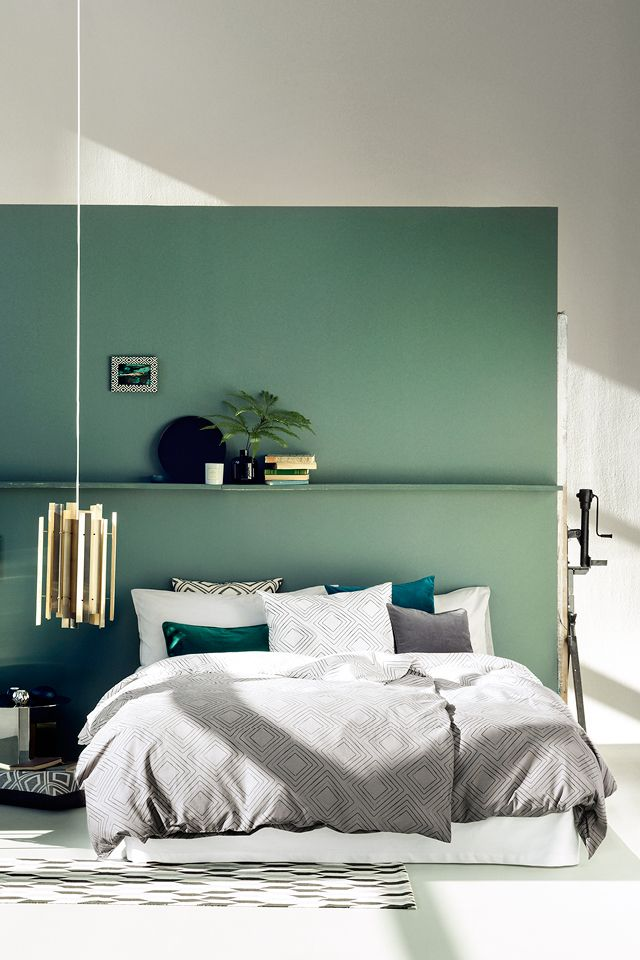 Bring the freshness of green to your home add graphic Green and black bedroom