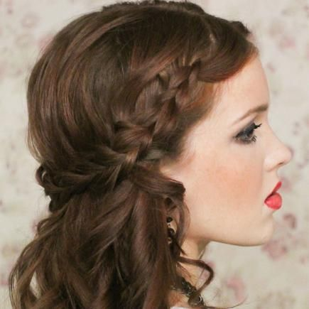 Our Favorite Prom Hairstyles For Medium Length Hair