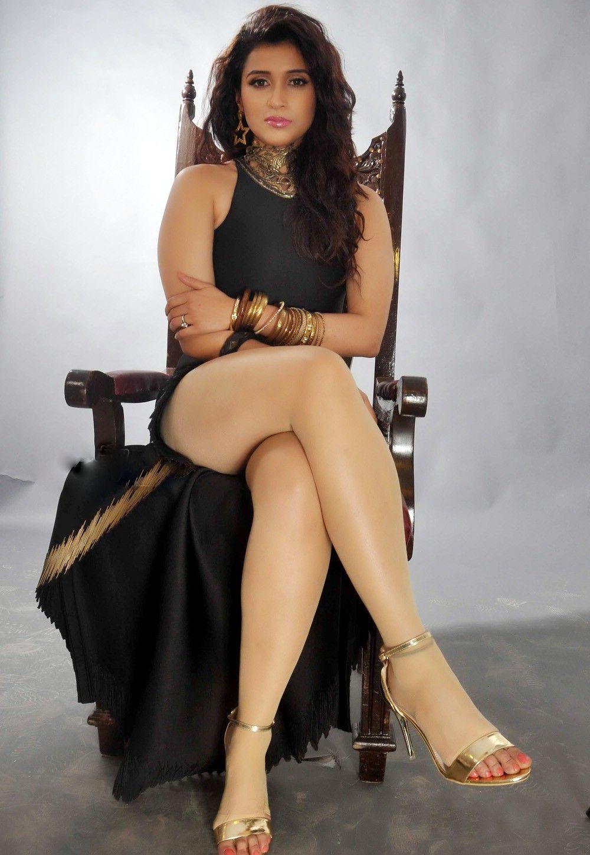 mannara chopra latest photos gallery south actress