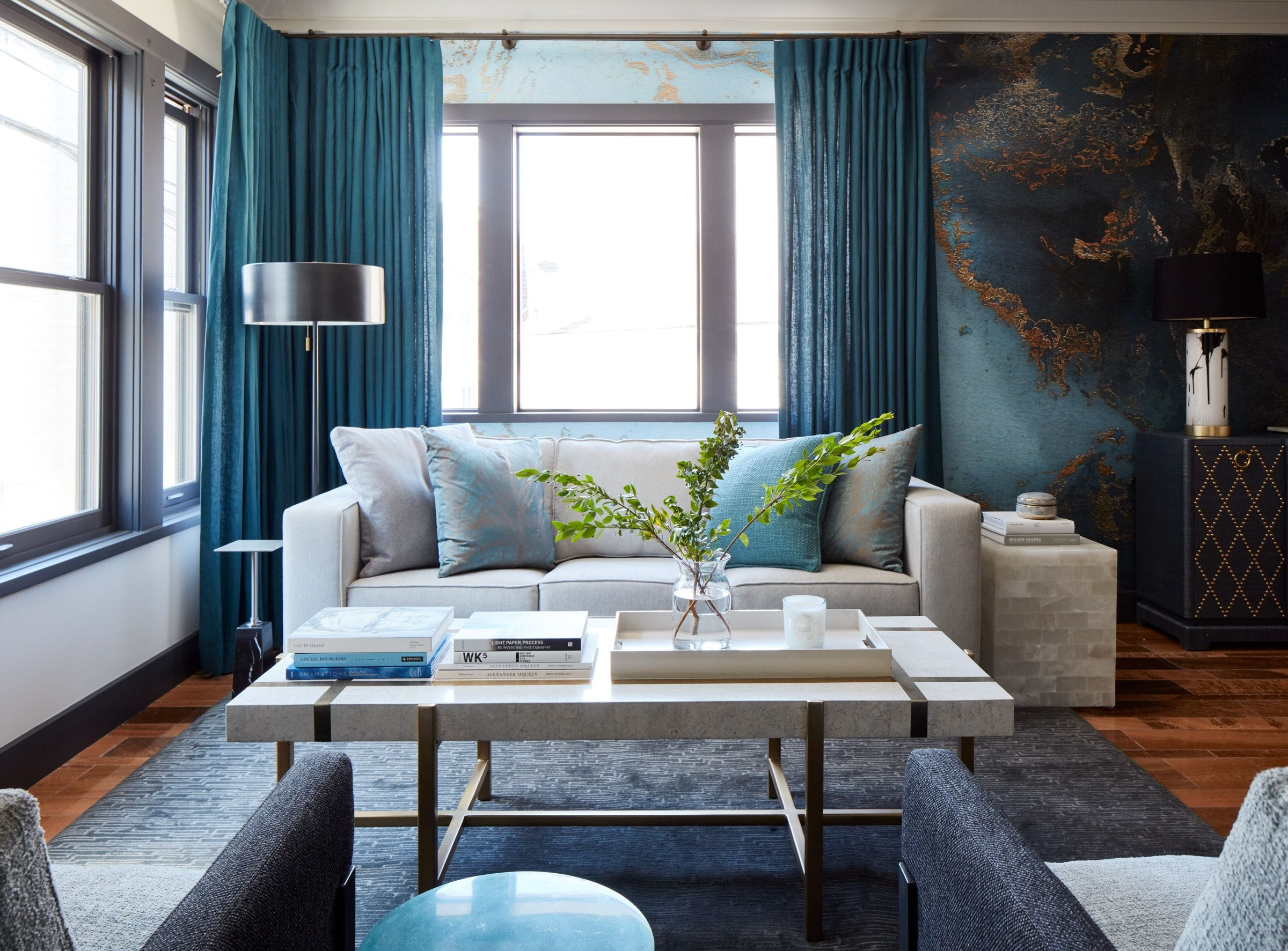 Bright Living Room With Rich Blue And Green Walls And Curtains Room Layout Design Livingroom Layout Small Living Room Layout