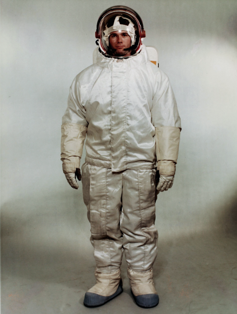 Early MMG concept for Apollo suit