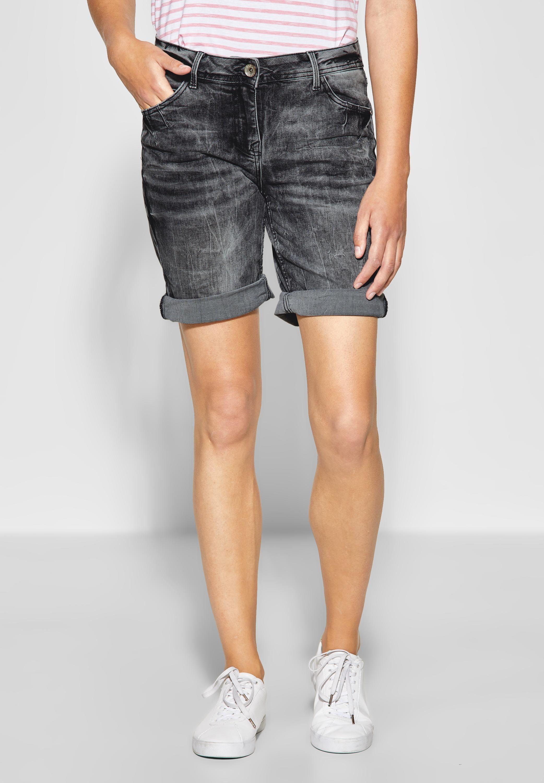 f69d6be8dca8a CECIL Scarlett - Basic Jeans-Short mit sportlichen Akzenten. #mode  #damenmode #outfits #frühling #frühlingsmode #frühlingskollektion #sommer  #sommermode ...