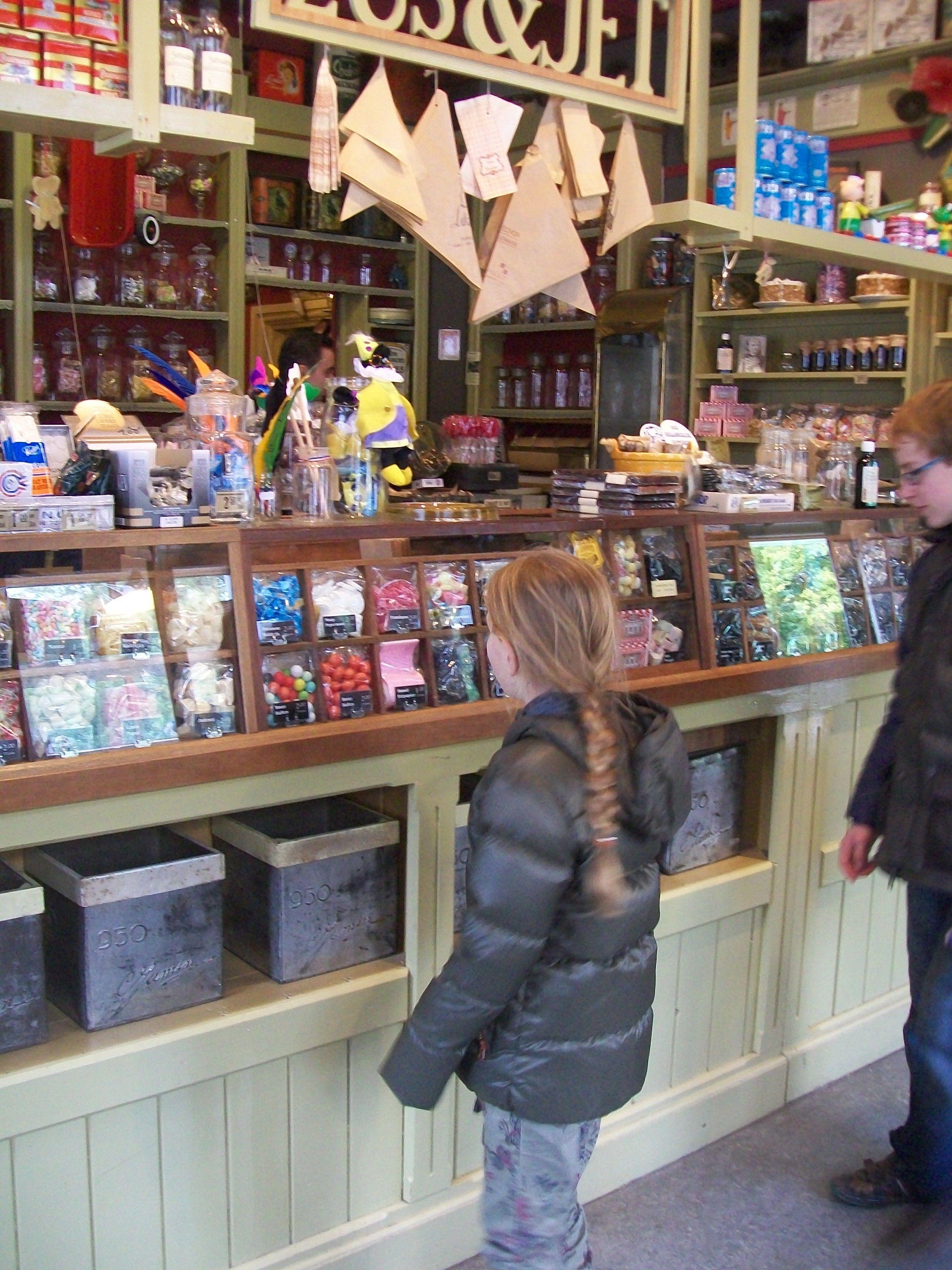 mooi oud snoepwinkeltje openluchtmuseum arnhem