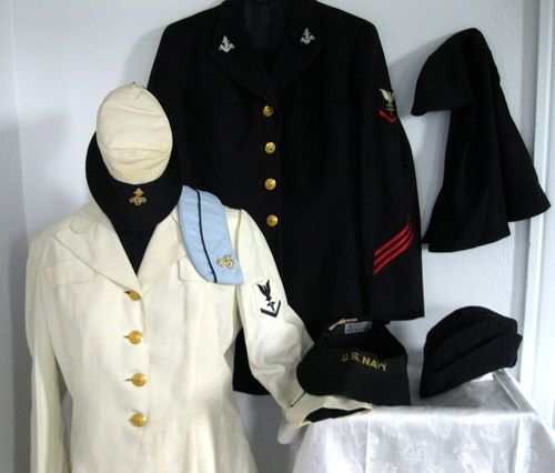Vintage WWII Womens US Navy Waves Military Uniform Hats Nurse  173413a0dae0
