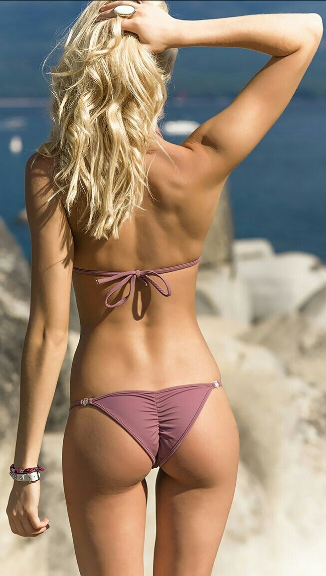 Perfect Ass Bikini Butt Photos