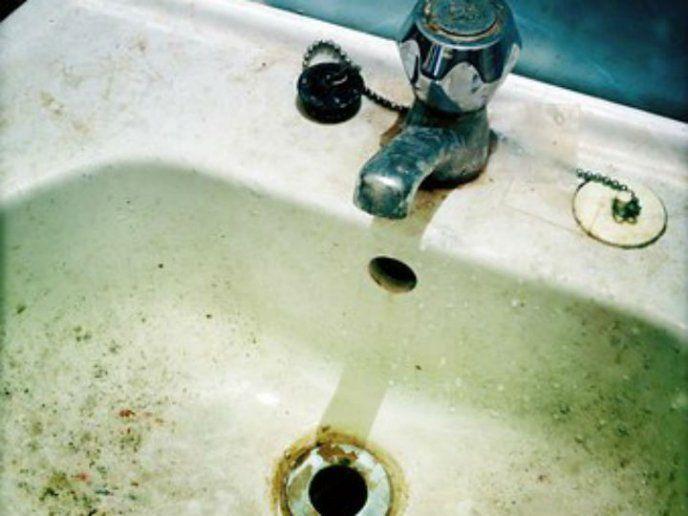 12 trucos para quitar cal, óxido y sarro del baño y cocina ...