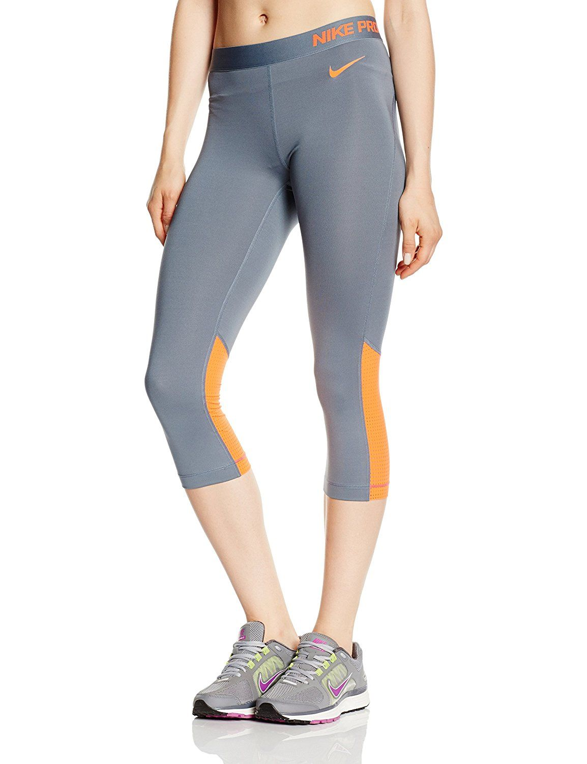 low priced a931d 1514c NIKE Damen 34 Hose Pro Hypercool Capri 2.0 Amazon.de Sport