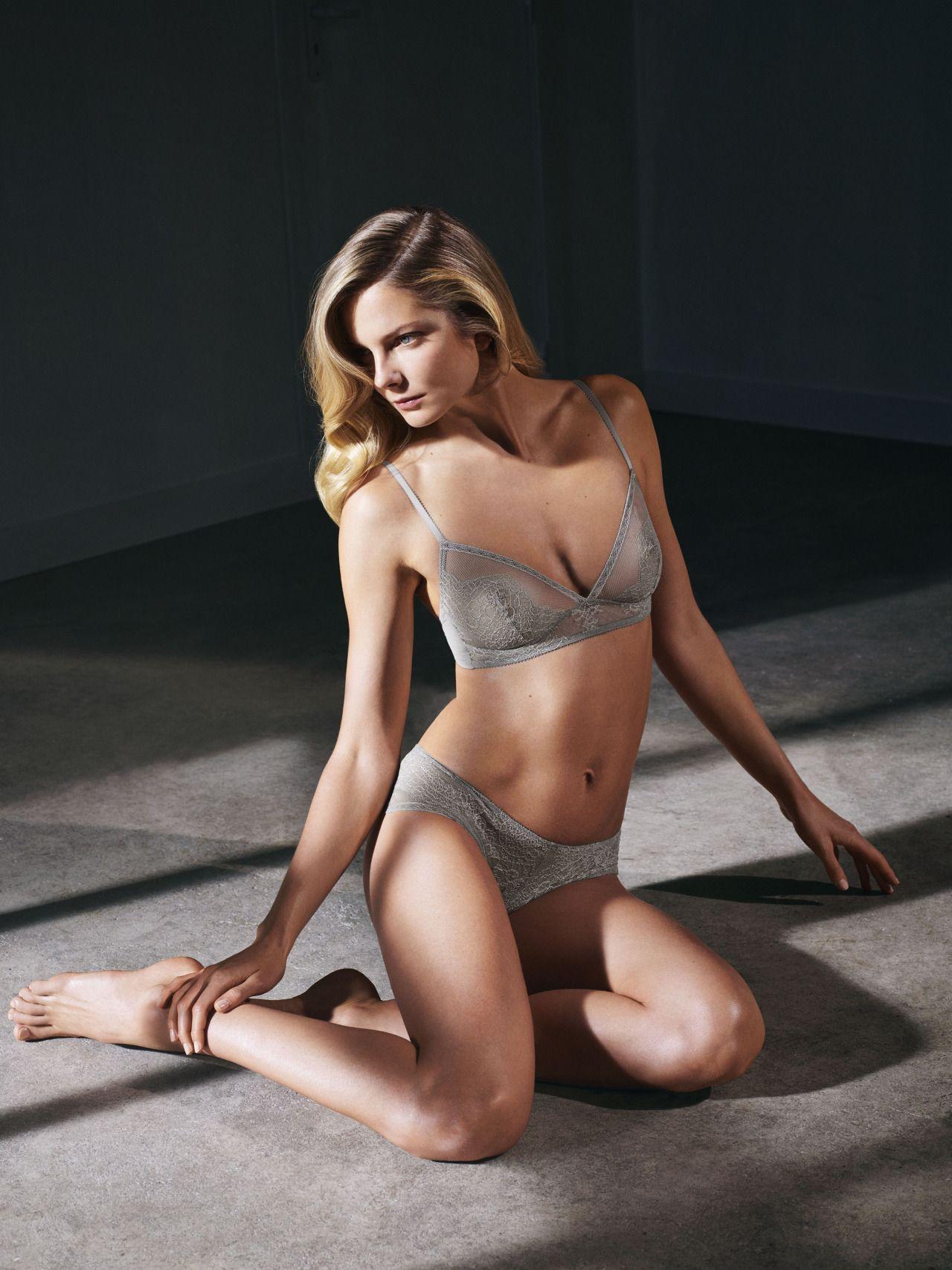 Eniko mihalik see through sexy pics naked (78 images)