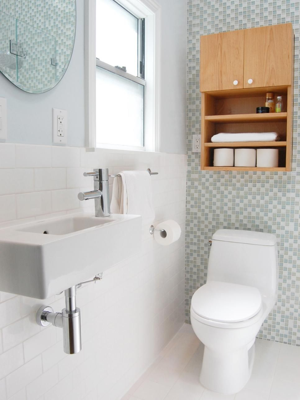 Make The Most Of Your Small Space With Sleek Fixtures And Light Colors This Bathroom Features Traditiona Small Bathroom Layout Bathroom Layout Narrow Bathroom