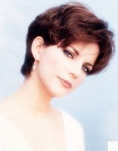 Image Result For Martina Mcbride Hairstyles Martina Mcbride Hairstyles Short Hair Styles Short Hair Styles Pixie