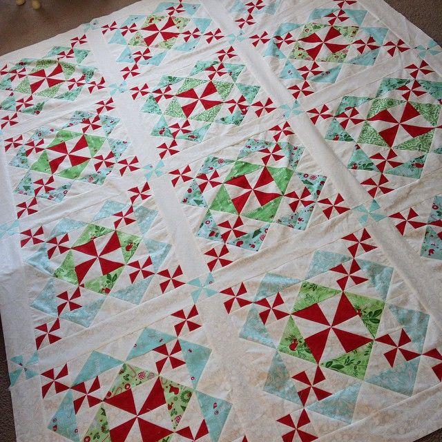 Sugar Plum quilt from book Winter Wonderland | quilt ideas ... : quilting blogs christmas - Adamdwight.com