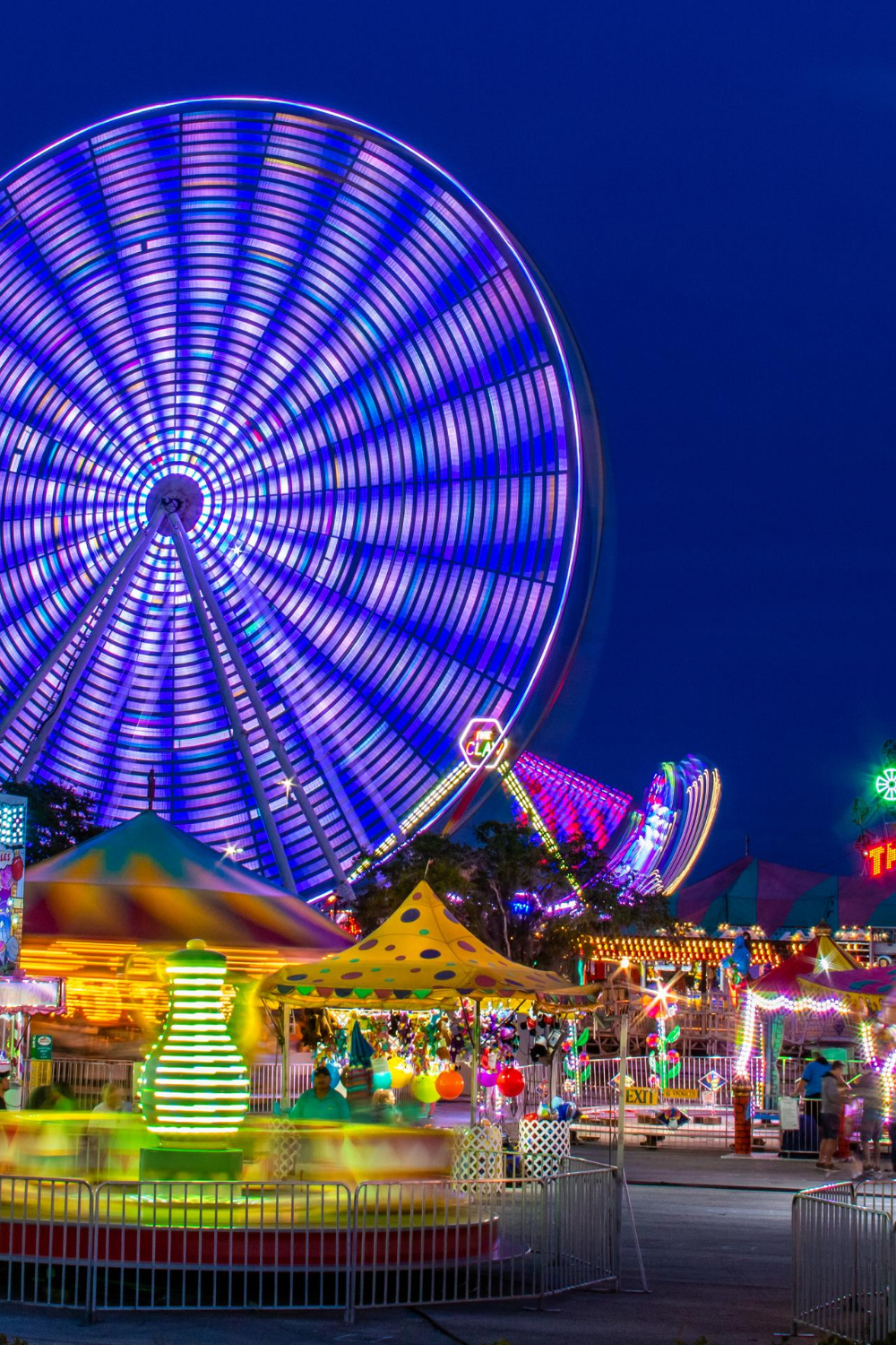 14 Best Things To Do In Orlando Florida When You Re Traveling Alone Updated 2021 Amusement Parks In California Travel Alone Travel