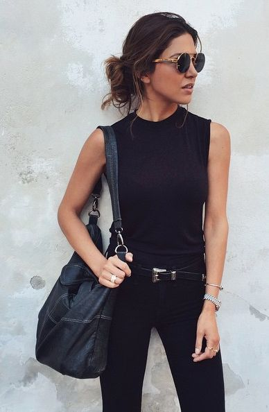 10 Outfits To Try This Weekend What To Wear Casual Street Style Black Purses And Black Denim