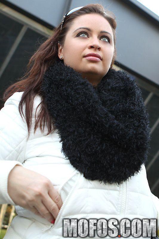 Public Pickups Online Winter Scarf Girl