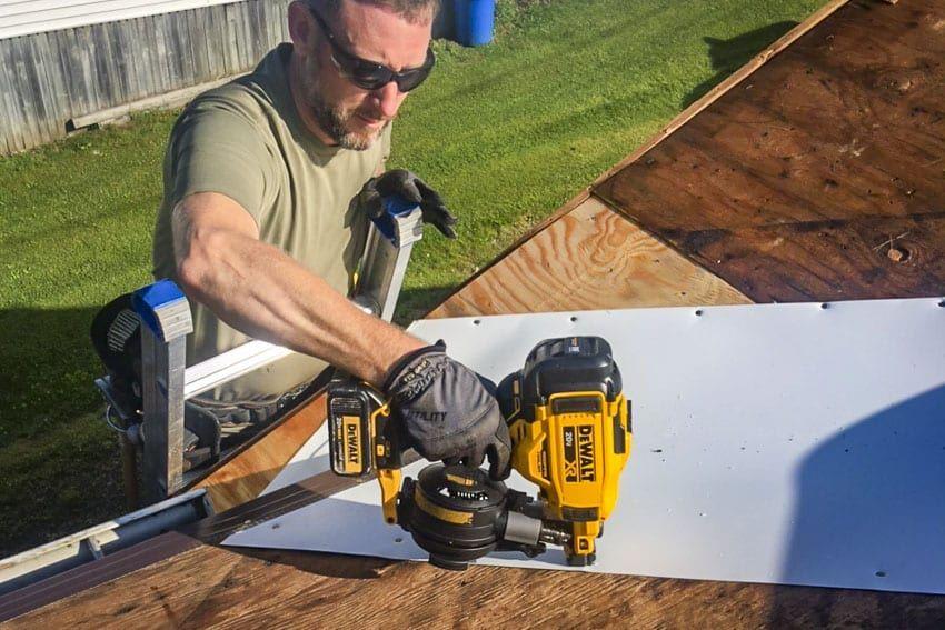 DeWalt 20V Max Cordless Roofing Nailer Review DCN45RN