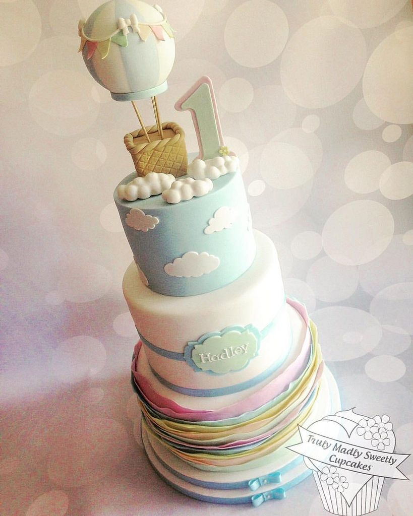 Admirable Up Up And Away A First Birthday Cake For My Grandson Hadley Funny Birthday Cards Online Necthendildamsfinfo