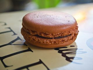 The Modern Trobadors: NO NEED TO GO TO PARIS ANY MORE—I'VE LEARNED TO MAKE MACARONS!