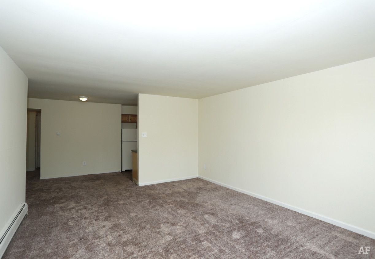 Park Crest Village Glassboro Nj Apartment Finder Apartment Finder Apartments For Rent Finding Apartments