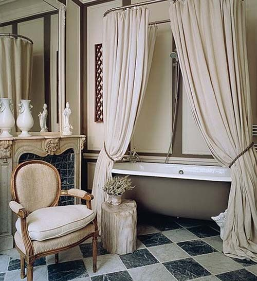 clawfoot tub shower curtain-HATE the colors but love the idea of tying back the curtains to show off tub.