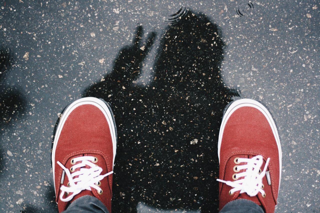 65fe22ac27 Rain selfies Vans Sneakers