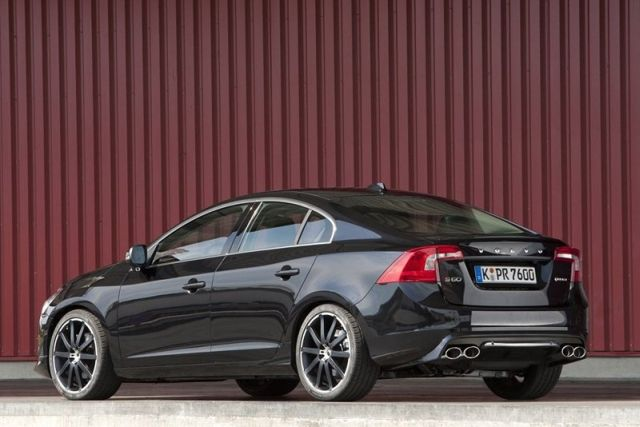 Volvo S60 T6 >> Heico Sportiv S Limited Edition Volvo S60 T6 Design Exposed
