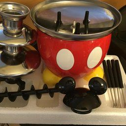 Red Disney DCM-50 Mickey Mouse Chocolate Fountain