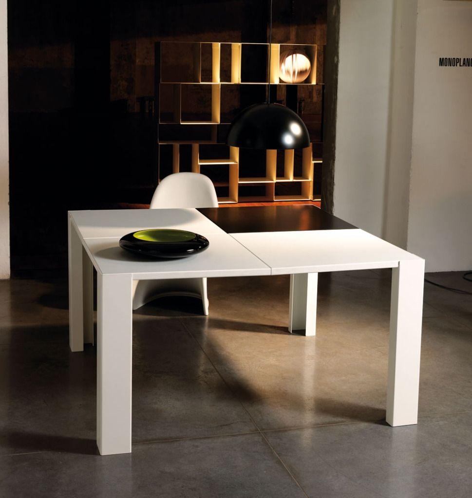 Tavolo da pranzo moderno in acciaio Skakko | tables | Pinterest | Tables
