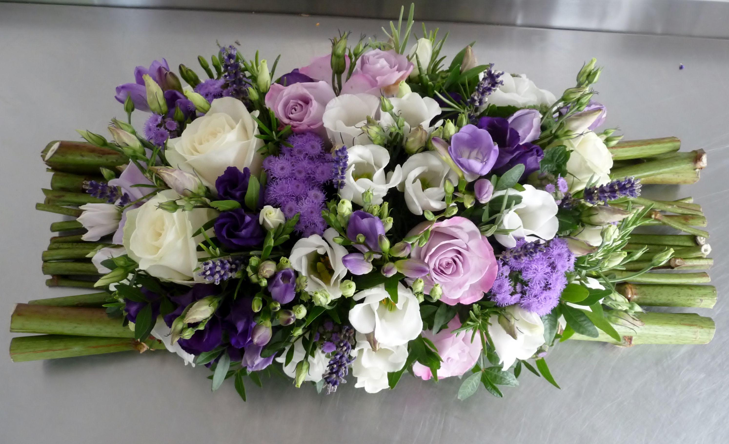 Centre de table violet lavande et blanc Mariage