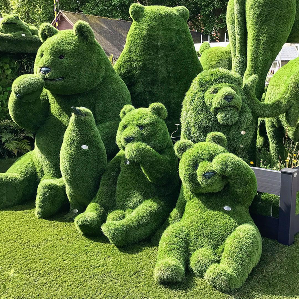 Amazing Topiary: 26 Beautiful And Creative Garden Sculptures Around The