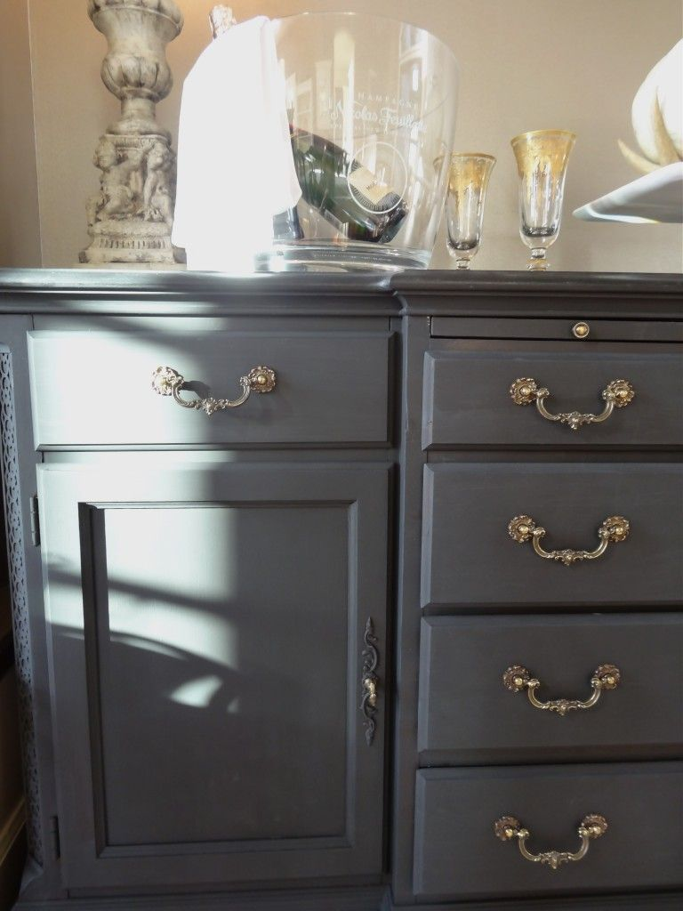 DIY Chalk Paint buffet makeover Amy Howard 1 step paint in black