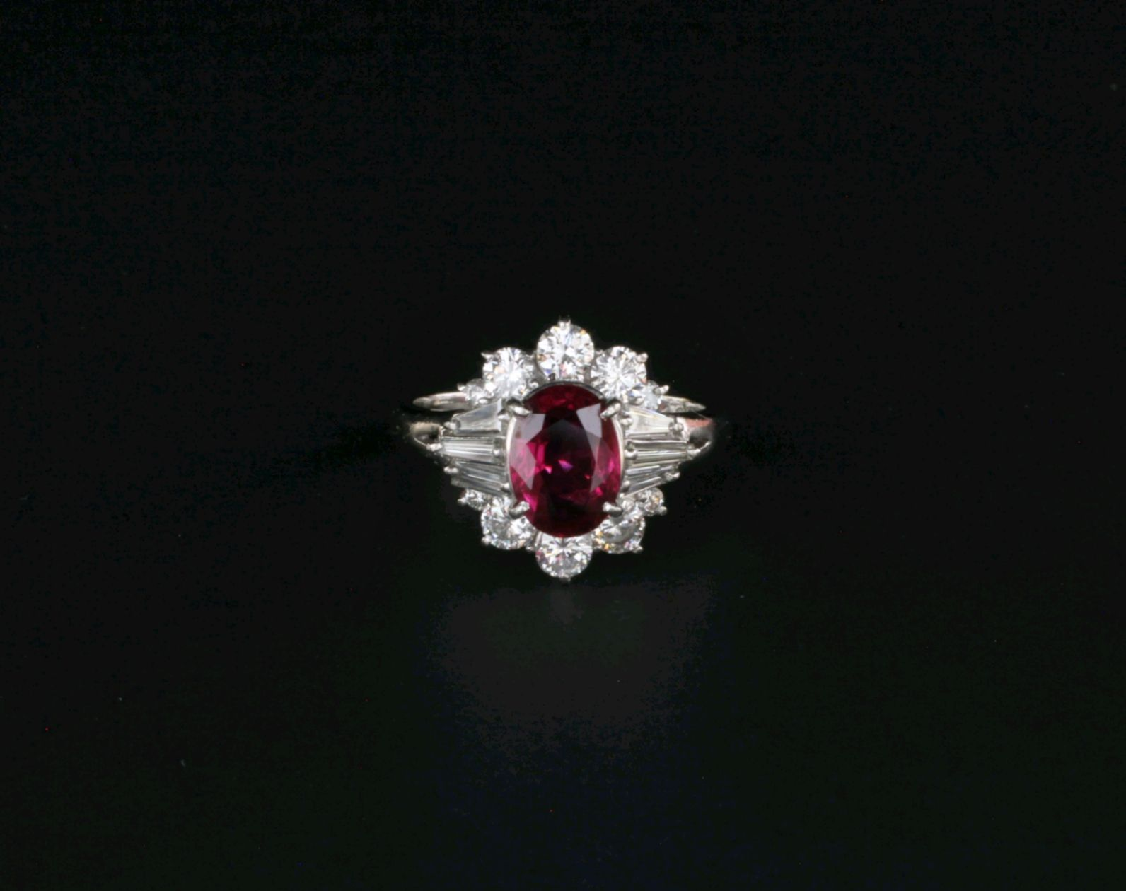 900 Platinum 1 40 ct Ruby & 99 ct Diamond Jewelry