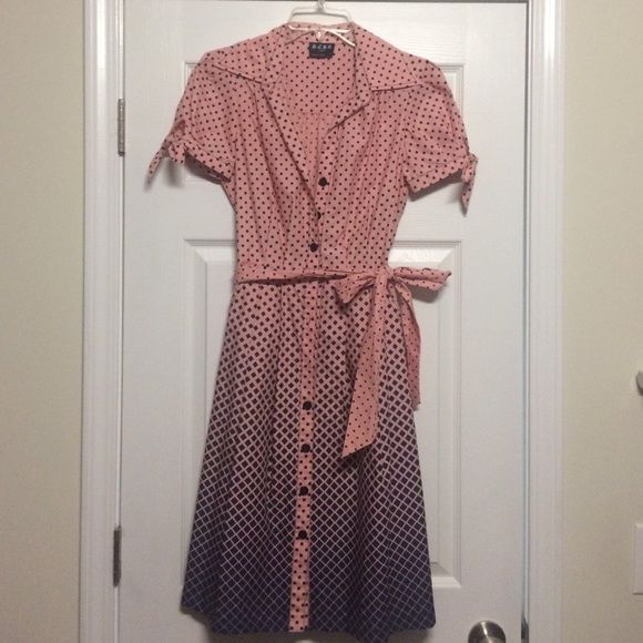 Pink/Navy BCBG Paris Ombré pattern Dress Gently Used. Great Condition. Size: 4 (may fit a size 6) BCBG Dresses Midi