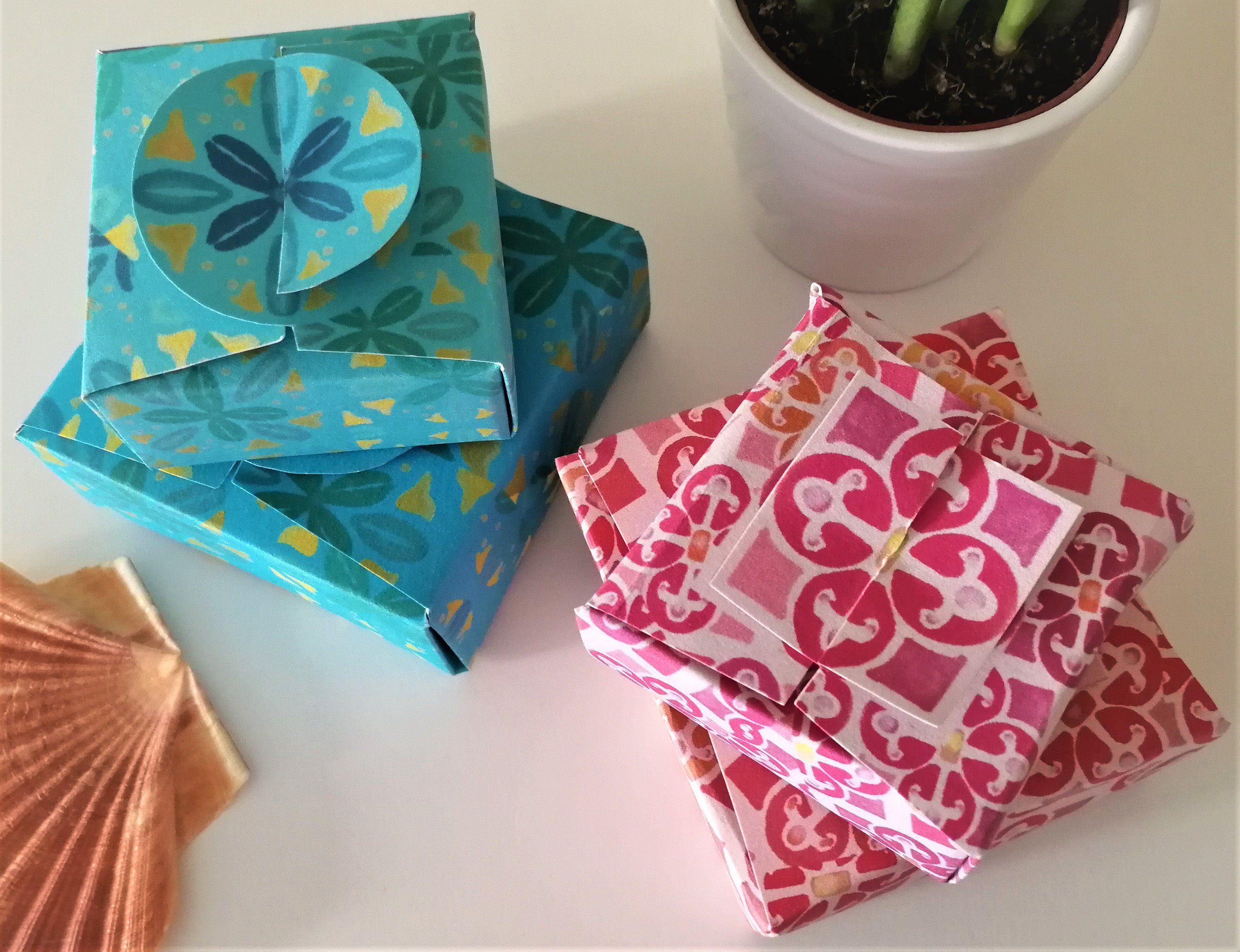 Set of 4 DIY Giftboxes Colorful Patterns inspired by Portugal