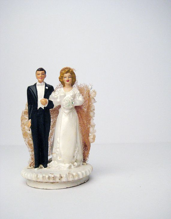 Vintage Wedding Cake Topper 40s 50s Vintage Bride And Groom Vintage Wedding Wedding Cakes Vintage Wedding Cake Toppers Bridal Cake Topper