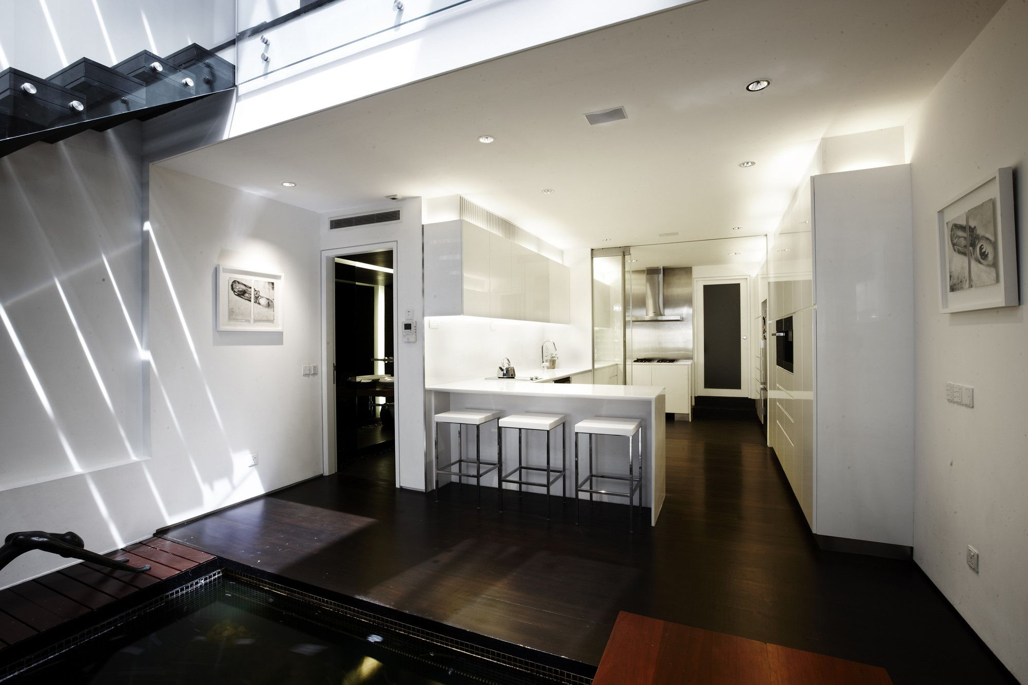 Gallery - Cairnhill Road Conservation Terrace House / RichardHO Architects - 11