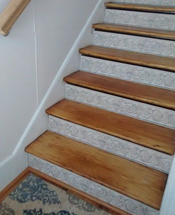 Stair Risers Wallpaper Border Stair Risers How To Hang Wallpaper Staircase Pictures