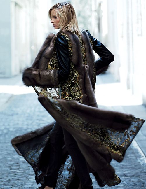 Daria Strokous by Patrick Demarchelier (Along The Street - Vogue Russia November 2013).