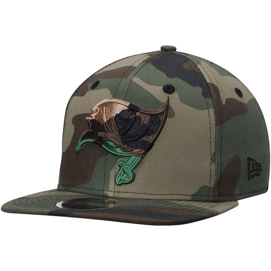 Men s Tampa Bay Buccaneers New Era Tonal Woodland Camo Capped 9FIFTY  Adjustable Hat 350d8cbbf855