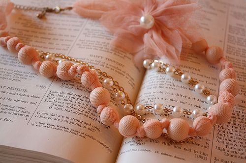 Vintage Pearls Matching peach pearls