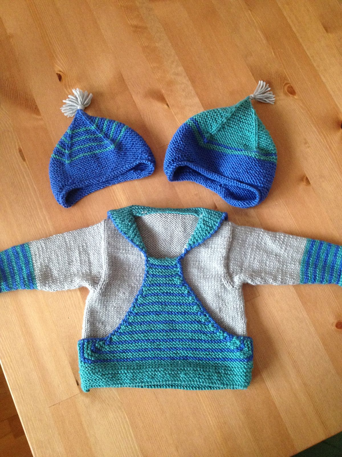 Pull Gaspard pattern by Christine Rouvillé   Ravelry, Patterns and ...